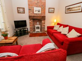 Chapel Cottage - Whitby & North Yorkshire - 1000659 - thumbnail photo 3