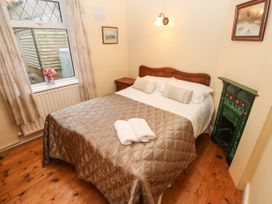 Brook Cottage - South Wales - 1000751 - thumbnail photo 12
