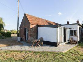 The Duck House - Norfolk - 1001574 - thumbnail photo 2