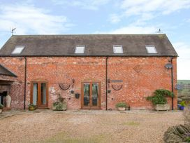 3 bedroom Cottage for rent in Ludlow