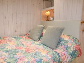 Shepherd's Hut - Devon - 1001625 - thumbnail photo 4