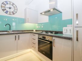 Apartment 18 - Devon - 1001791 - thumbnail photo 8