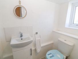 Apartment 1, Rivendell - North Wales - 1001823 - thumbnail photo 10