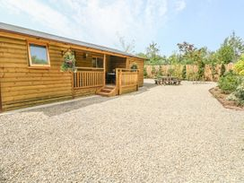 Fern Lodge - South Wales - 1002023 - thumbnail photo 1