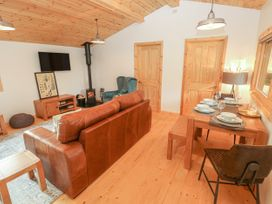 Fern Lodge - South Wales - 1002023 - thumbnail photo 5
