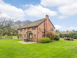 6 bedroom Cottage for rent in Henley-on-Thames