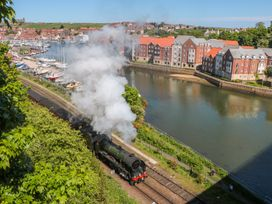 George Stephenson @ Engine Shed - North Yorkshire (incl. Whitby) - 1002248 - thumbnail photo 12