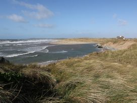 Flat 1 Bryn Colyn - Anglesey - 1002250 - thumbnail photo 23
