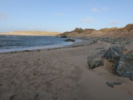 Flat 1 Bryn Colyn - Anglesey - 1002250 - thumbnail photo 20
