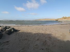 Flat 1 Bryn Colyn - Anglesey - 1002250 - thumbnail photo 21