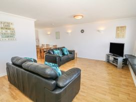 Flat 1 Bryn Colyn - Anglesey - 1002250 - thumbnail photo 4