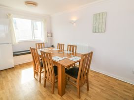 Flat 1 Bryn Colyn - Anglesey - 1002250 - thumbnail photo 6