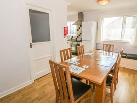 Flat 1 Bryn Colyn - Anglesey - 1002250 - thumbnail photo 7