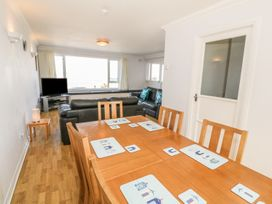 Flat 1 Bryn Colyn - Anglesey - 1002250 - thumbnail photo 8