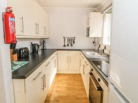 Flat 1 Bryn Colyn - Anglesey - 1002250 - thumbnail photo 10