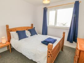 Flat 1 Bryn Colyn - Anglesey - 1002250 - thumbnail photo 13