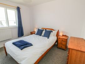 Flat 1 Bryn Colyn - Anglesey - 1002250 - thumbnail photo 14