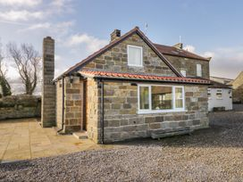 Orchard Cottage - Whitby & North Yorkshire - 1002416 - thumbnail photo 1