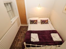 Fir Tree Cottage - North Wales - 1002544 - thumbnail photo 6