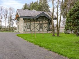 Swiss Cottage - North Ireland - 1002665 - thumbnail photo 2