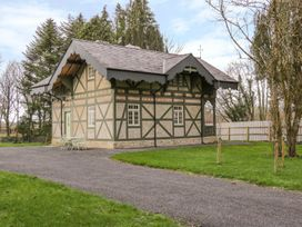 Swiss Cottage - North Ireland - 1002665 - thumbnail photo 4
