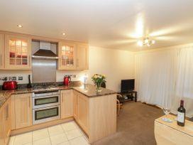Apartment 7 - Dorset - 1002685 - thumbnail photo 4
