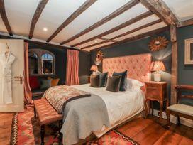 Battel Hall - Kent & Sussex - 1002747 - thumbnail photo 39