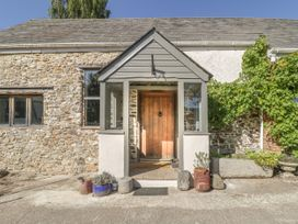 5 bedroom Cottage for rent in Honiton