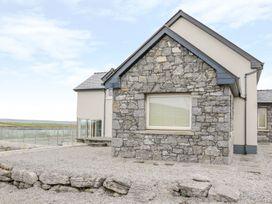 Sea Spray - County Clare - 1003324 - thumbnail photo 4