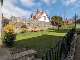 Sunshine Cottage - Whitby & North Yorkshire - 1003472 - thumbnail photo 22