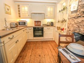 Storehouse Cottage - North Wales - 1003534 - thumbnail photo 9