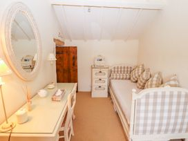 Storehouse Cottage - North Wales - 1003534 - thumbnail photo 16