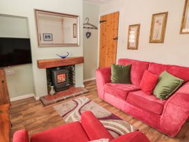 Cloverleaf Cottage - Whitby & North Yorkshire - 1003948 - thumbnail photo 3