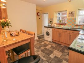 Cloverleaf Cottage - Whitby & North Yorkshire - 1003948 - thumbnail photo 6