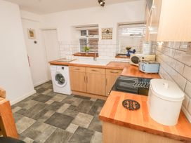 Cloverleaf Cottage - Whitby & North Yorkshire - 1003948 - thumbnail photo 9