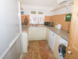 Southrepps Lodge - Norfolk - 1004107 - thumbnail photo 17