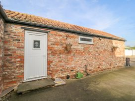 The Cottage at Manor Farm - Whitby & North Yorkshire - 1004158 - thumbnail photo 2