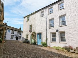 3 bedroom Cottage for rent in Dent