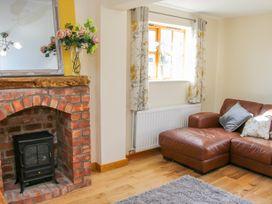 Old Hall Barn 2 - Shropshire - 1004373 - thumbnail photo 5