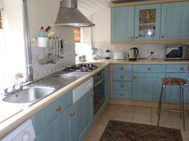 Daisy Cottage - Somerset & Wiltshire - 10044 - thumbnail photo 4