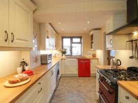 Eskside Cottage - Whitby & North Yorkshire - 1004449 - thumbnail photo 4