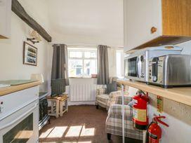 Mews Studio Cottage 6 - Lake District - 1004535 - thumbnail photo 6