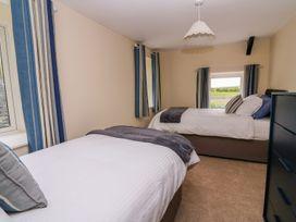 Towyn Hall - Mid Wales - 1004653 - thumbnail photo 34
