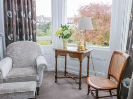 Park View Apartment - Whitby & North Yorkshire - 1004777 - thumbnail photo 6