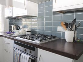 Park View Apartment - Whitby & North Yorkshire - 1004777 - thumbnail photo 8