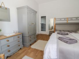 Park View Apartment - Whitby & North Yorkshire - 1004777 - thumbnail photo 12