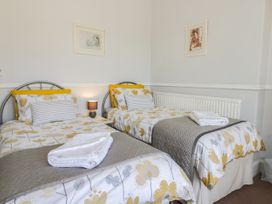 Park View Apartment - Whitby & North Yorkshire - 1004777 - thumbnail photo 13