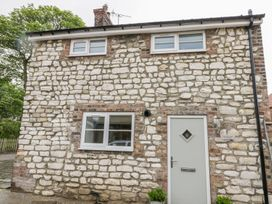 Chalkstone Cottage - Whitby & North Yorkshire - 1004851 - thumbnail photo 1