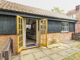 The Bull Pen - Suffolk & Essex - 1004887 - thumbnail photo 17
