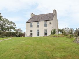 5 bedroom Cottage for rent in Amlwch